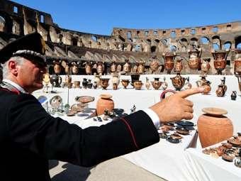 Выствка возвращенных в Италию ценостей. Фото ©AFP