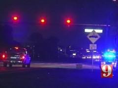 Подросток в наручниках сбежал из полицейской машины