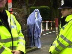 Британский министр иммиграции исключил введение запрета на паранджу