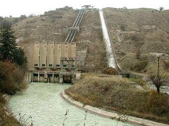 На ГЭС в Кабардино-Балкарии произошли два взрыва.