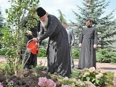 Патриарх осудил Ерофеева и Самодурова за отсутствие любви к людям