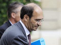 Французская полиция допросила министра труда