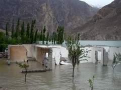 Из-за наводнения в Пакистане без крова остались 980 тысяч человек