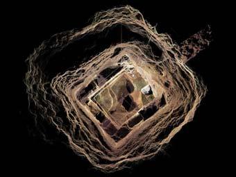 Туннель под пирамидой Пернатого Змея. Изображение Национального института антропологии и истории Мексики