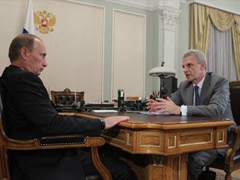 Владимир Путин и Андрей Фурсенко. Фото с сайта premier.gov.ru
