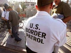 Американские пограничники нашли 212 тысяч долларов в подгузниках