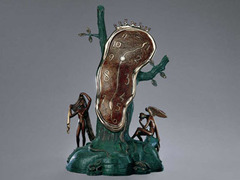 Андорре подарили скульптуру Сальвадора Дали