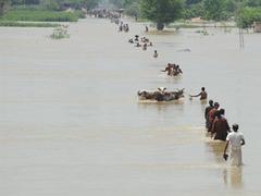 Главком ВВС Пакистана проигнорировал банкет из солидарности с жертвами наводнения