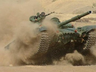 Т-72. Фото с сайта militarypictures.info