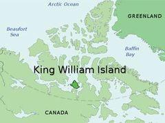 Танкер с дизельным топливом сел на мель в Арктике