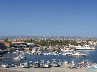 Житель Кипра обвинил капитана российской яхты в похищении дочери