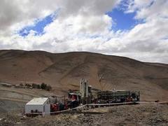 Замурованные чилийские шахтеры взбунтовались