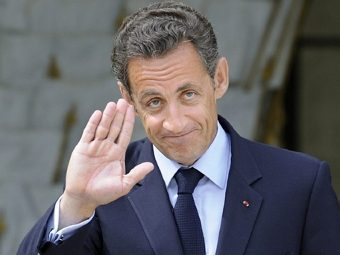 """Саркози стал жертвой """"бомбы"""" в Google"""