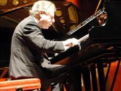 Пианист Андраш Шифф выступит в Петербурге 17 сентября