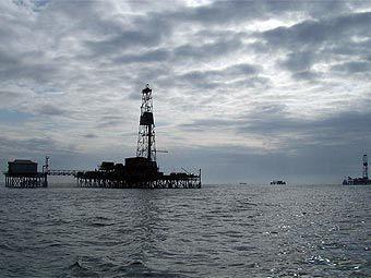 Нефтедобыча на Каспийском море. Фото с сайта canadian-wellsite.com
