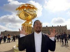 Французы выйдут на митинг против выставки Мураками в Версале