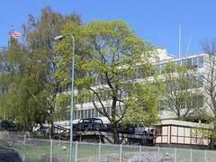 Посольство США в Стокгольме закрыли из-за мнимой бомбы