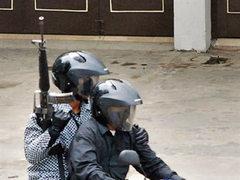 Повстанцы на мотоциклах застрелили трех полицейских в Индонезии