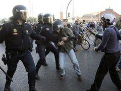 В Испании началась первая за восемь лет всеобщая забастовка