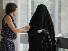 Конституционный совет Франции одобрил запрет на паранджу