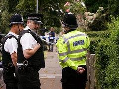 Британец на угнанной машине протаранил посетителей клуба