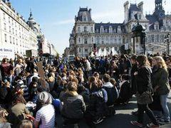На улицы французских городов вышли полмиллиона демонстрантов