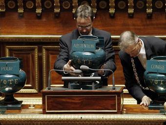 Сенат Франции одобрил закон о повышении пенсионного возраста