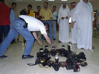 """В Кувейте запретили цифровые """"зеркалки"""""""