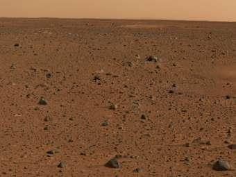 Марсианский пейзаж. Изображение Mars Exploration Rover Mission, JPL, NASA