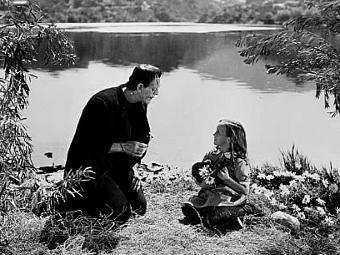 "Кадр из фильма ""Франкенштейн"" 1931 года"