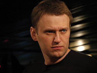 http://img.lenta.ru/news/2010/12/10/navalny1/picture.jpg