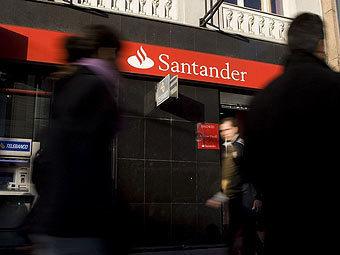 Испания продала подразделение банка Santander «Восточному экспрессу»