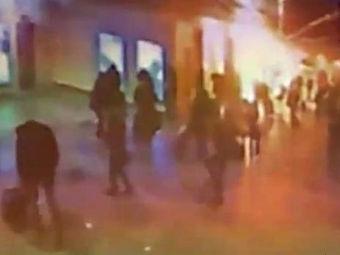 """Взрыв в """"Домодедово"""". Кадр видеозаписи, размещенной в сети"""