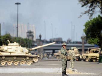 Египетская армия перекрыла крупнейшие