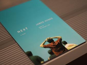 "Обложка книги Джеймса Хайнса ""Следующий"". Фото с сайта angeladatre.buzznet.com"