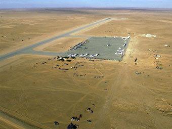 Аэродром в ливийской пустыне. Фото ©AFP