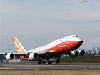 Взлет Boeing 747-8 Intercontinental в Эверетте. Фото ©AP