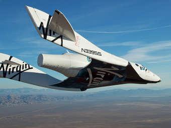 Корабль SpaceShipTwo в полете. Фото с сайта virgingalactic.com