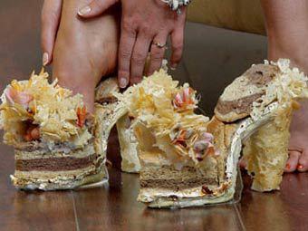 Английская студентка создала туфли из сыра