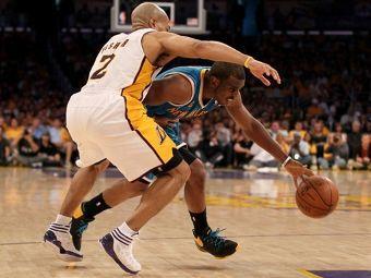 Чемпион НБА стартовал в плей-офф с поражения