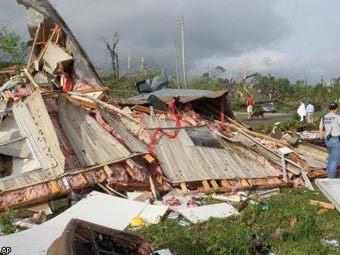 Последствия торнадо в штате Алабама. Фото ©AP