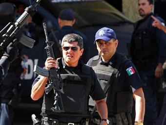 ...в мексиканском курортном городе Акапулько 3 января, сообщает Agence France-Presse.