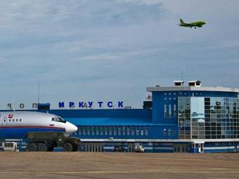 Аэропорт Иркутска приостановил работу