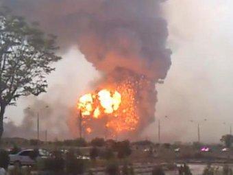 Взрыв в Абадане. Кадр видеозаписи с сайта fergananews.com