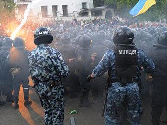 Львовских депутатов националистов осудили за беспорядки 9 мая