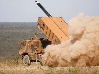 Astros II. Фото с сайта areamilitar.net
