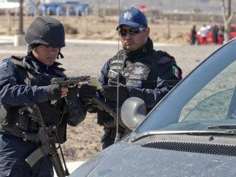 Об этом сообщает мексиканская редакция CNN.  В общей сложности на свободе оказались.