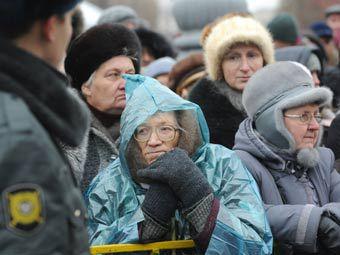 Очередь в храм Христа Спасителя. Фото РИА Новости, Сергей Пятаков