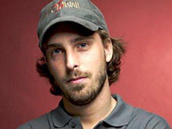 Александр Ажа, фото с сайта tvguide.com