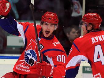 http://img.lenta.ru/news/2011/12/12/loco/picture.jpg
